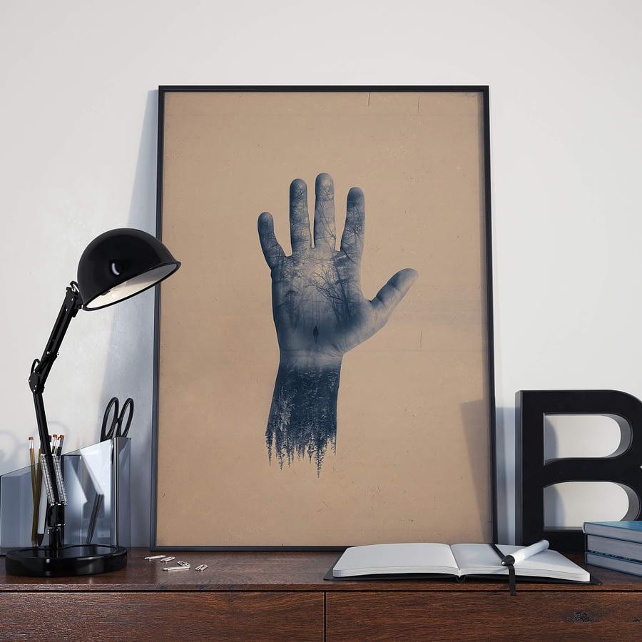 Surrealisme Poster en Print met Hand en bos